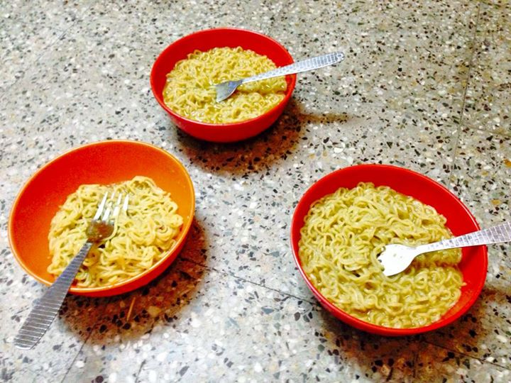 Late night maggie in hostel life