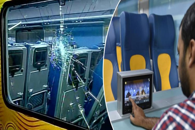 Broken LCD Screens, Stolen Headphones And Piles Of Garbage On Tejas Express First Trip  53 – Tejas Express