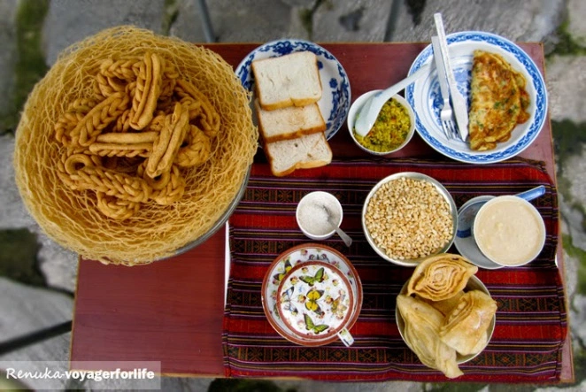 #FoodLovers - How to Solve the Biggest Problems With Food?  15 – paranthe vali gali chandni chowk
